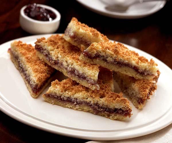 Handmade Cakes - Raspberry & Coconut Slice - 1x970g